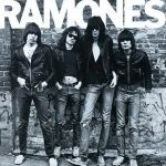 RAMONES: Ramones (remastered, 8 bonus) (CD)