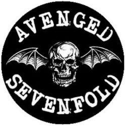 AVENGED SEVENFOLD: Logo (jelvény, 2,5 cm)