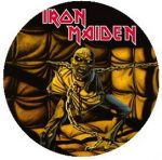 IRON MAIDEN: Piece Of Mind (jelvény, 2,5 cm)