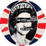 SEX PISTOLS: God Save The Queen (jelvény, 2,5 cm)